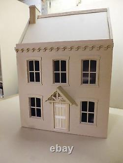 1/12 scale Dolls House Stratfield Cottage 4 rooms kit by Dolls House Direct