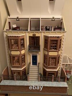 12 Room Victorian Dolls House, Conservatory Fully Furnished Electric Lights 112