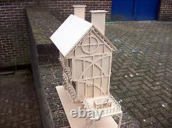 24th SCALE TUDOR MILL WITH WATER WHEEL