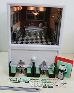 AG American Girl Mini's Illuma Room Lil's Diner, Accessories Mini Dollhouse