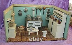 Alte Puppenküche um 1920