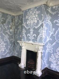 (Antique) A Stunning Early 1800s English Baroque Baby House