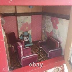 Antique Dolls House 1920s