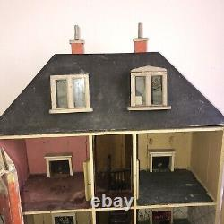 Antique Dolls House, A Rare Swan House. Collectors Item