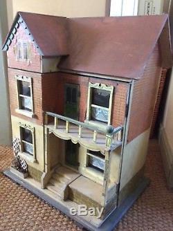 Antique Gottschalk Dolls House C1880-1900 Including Furniture & Dolls