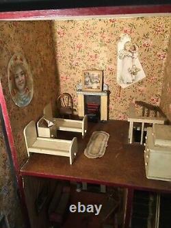 Beautiful Vintage/Antique G&J Lines Dolls House No. 20 (1906-9) Furnished