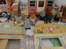 Calico Critters Maple Town Train + Building + Sylvanian Families Vintage Rare