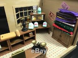 Calico Critters Sylvanian Families Vintage Village Store With Lots Of Accessories