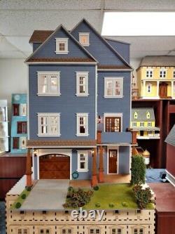Clarkson Craftsman Mansion 112 Dollhouse Kit