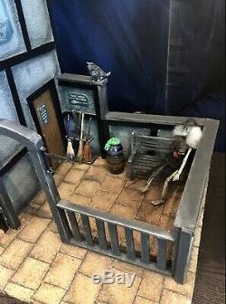Doll House The Seance, Magic Shop with Seance Room For Spooky Goings On