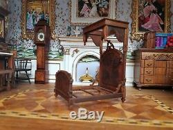 Dollhouse Miniature Artisan John Masterman half tester Bed 124