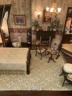 Dollhouse Miniature Artisan Signed Brooke Tucker Electric Victorian Room Box (r)