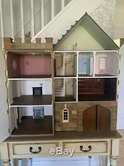 Dolls House 1/12 th Scale Gothic Gatehouse Castle 8 Rooms By Anglesey