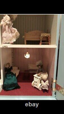 Dolls House Emporium Georgian House