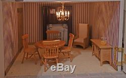 Dolls House Emporium LUTYENS HOUSE inc LIGHTING & Some FURNITURE Excellent Model
