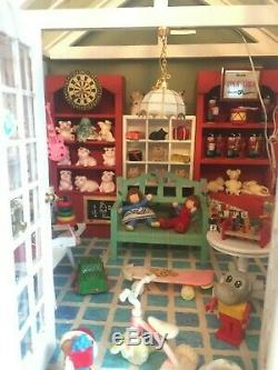 Dolls House Fully Furnished Amazing 3 Storey Dolls House, Hat Shop & Contents
