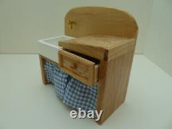 Dolls House Miniature 112th Kitchen Old Fashioned Wooden Pine Sink