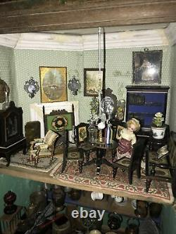 Early To Mid 19th Century Cabinet Dolls House And Contents