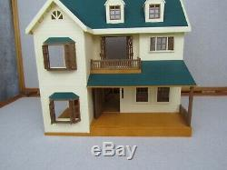 Epoch Calico Critters Deluxe Village House Green Roof Sylvanian Families HTF