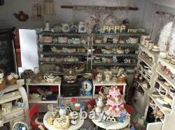 Hand made Vintage Big Doll House Bear shop / Cake shop / Variety goods shop F/S