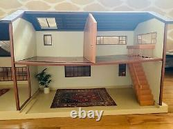 Hard to Find Vintage 1980s Tomy Smaller Homes Dollhouse, Collectible Dollhouse