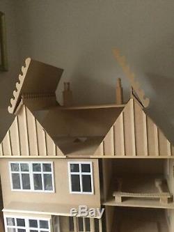 Hobbies Edwardian Style Dolls House