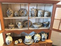 Jane GRABER 26 Pieces Pottery Barbara Vajnar Hutch Artisan Dollhouse 112 Mini