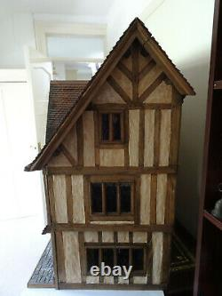 Large Tudor style Dolls House for collectors