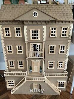 Mayfair Georgian Dolls House Unpainted with Basement 112 Scale