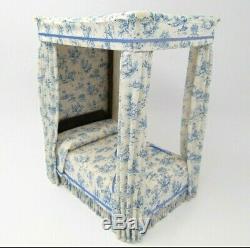 NICE! Vintage Miniature Dollhouse Canopy Bed Handmade Tudor Style 112 Scale
