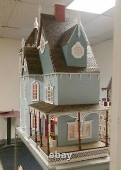 New Leon Victorian Gothic 112 Scale Kit