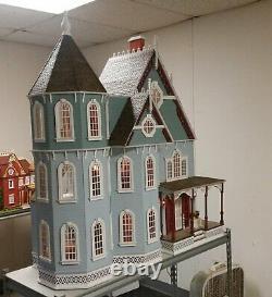 New Leon Victorian Gothic 2018 112