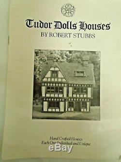 ROBERT STUBBS The Merchants House Tudor Style Townhouse Dolls House & Base N44