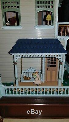 Rare-victorian-vignette-enesco-multi-action-musical-dollhouse-vintage