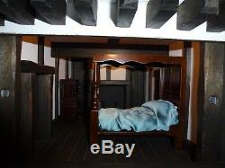 Robert Stubbs Large Tudor Dolls House