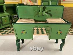 Scarce HOGE Toy c. 1930 Miniature Tin Dollhouse Furniture Kitchen Room Set in Box
