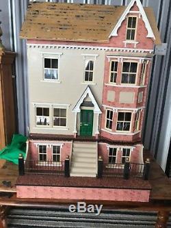 Sid Cooke Julbilee House With Basement Dollshouse