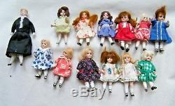 Superb Rare Antique Miniature Dollhouse/Schoolhouse Complete with 13 Dolls