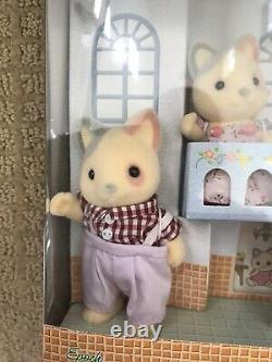 Sylvanian Families / Calico Critters JP 20th Anniversary Whiskers Cat Family