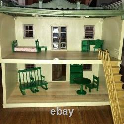 Sylvanian Families Urban House with Green Furniture set No Box Vintage USED
