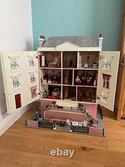 The dolls house emporium montgomery hall with basement (Fully Furnished)