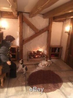 Tudor Manor House, Miniature, Dolls House