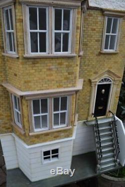 Unique British made dollshouse freshly professionally renovated large rooms OOAK