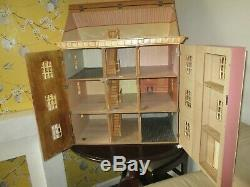 Victorian Style 1-12 Scale Dolls House