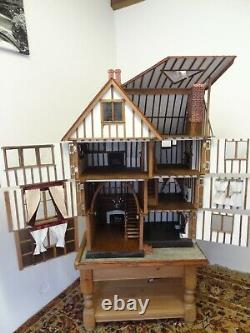 Vintage 12th large handmade Tudor Dolls House with working candle lighting