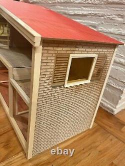 Vintage Lundby Sweden Gothenburg Mid 1970's Split Level Dollhouse