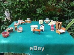 Vintage TRIANG 1930s dolls house and furniture