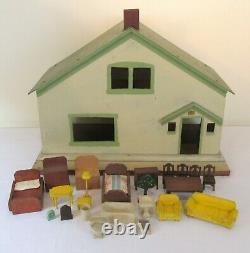 Vintage Wooden Dollhouse 20 Pieces Strombecker Furniture American 1930's